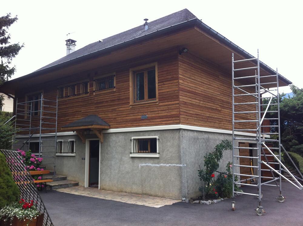 Maison avant nettoyage de façade et peinture à Annemasse (Savoie 73)
